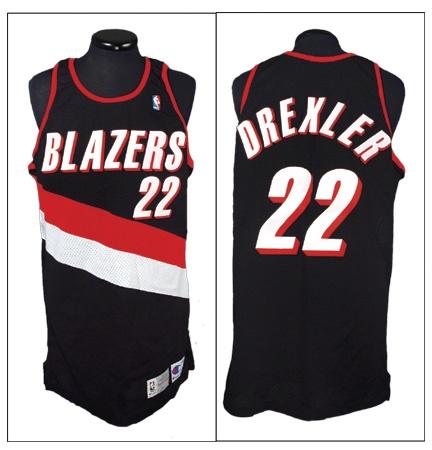 1992-93 Clyde Drexler Game Worn Portland Trailblazers Jersey dd54eee21