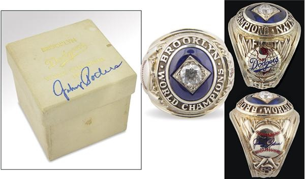 Jackie Robinson & Brooklyn Dodgers - auction