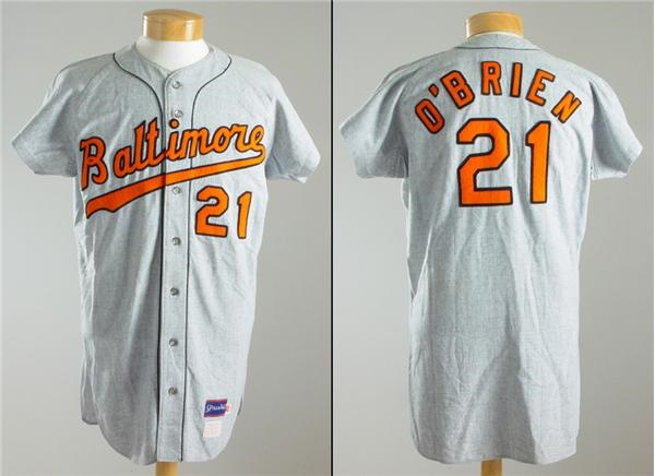 8e761b312 Lelands.com - Baltimore Orioles - Past Sports and Collectible Auctions