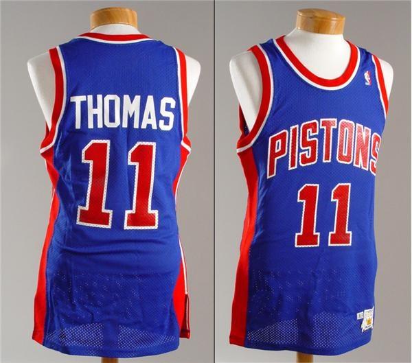 Basketball - December 2004