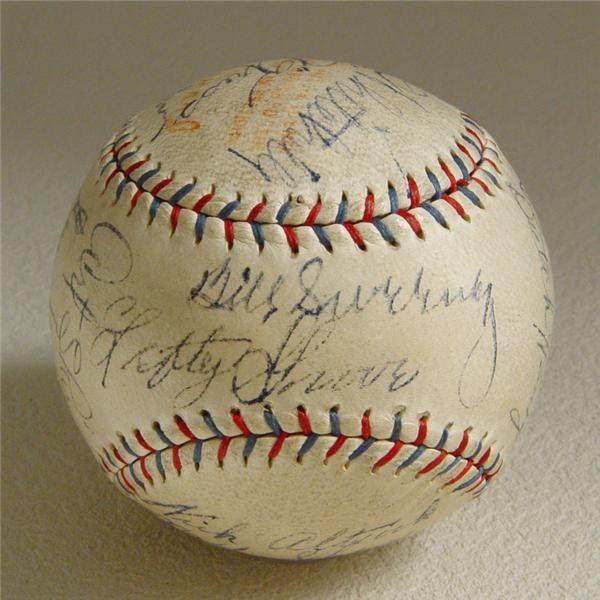 Philadelphia Baseball - December 2004