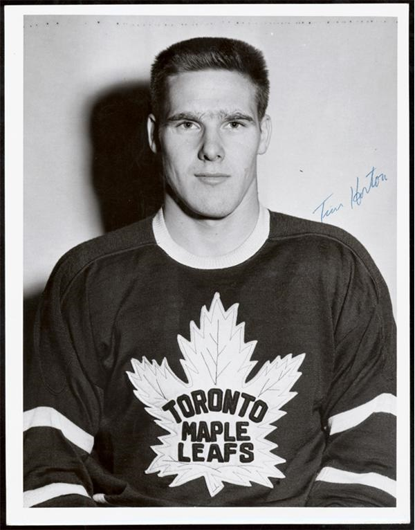 Hockey Autographs - June 2005