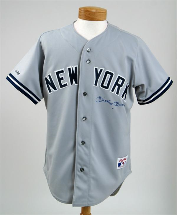 a0a1001c2 Mickey Mantle Autographed Yankees Jersey