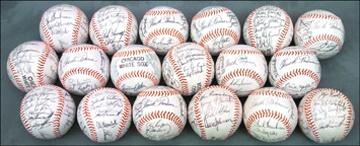 Baseball Autographs - April 2001