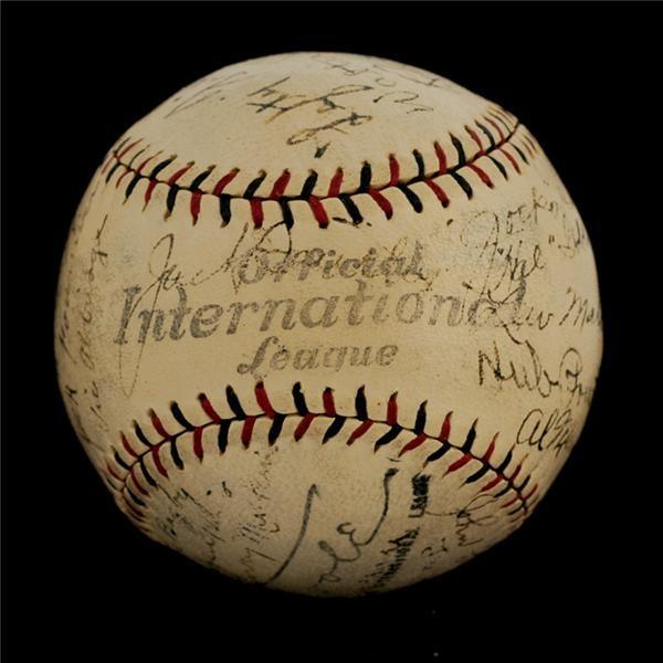 Baseball Autographs - Summer/August 2006 Catalog