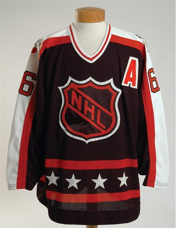 Game Used Hockey - January 2007 Lelands - Gaynor