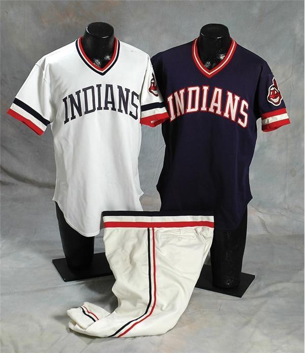 Baseball Equipment - April 2007 Catalog