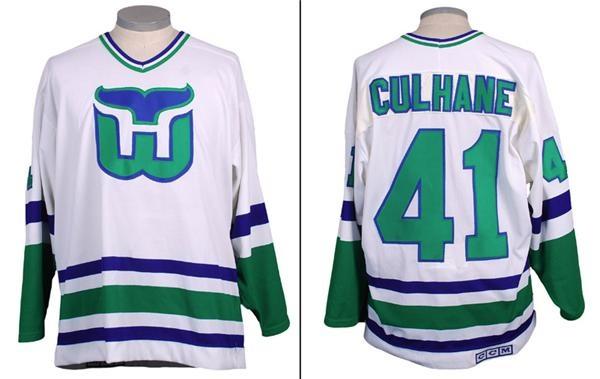 Hockey Equipment - September 2007 Internet