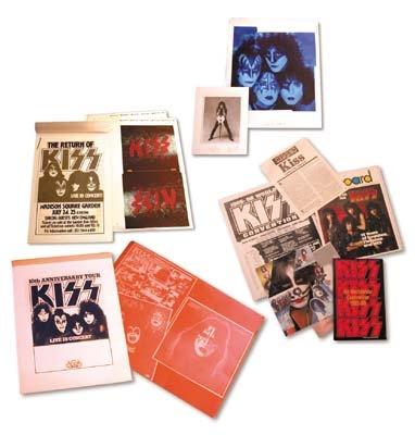 KISS - December 2001