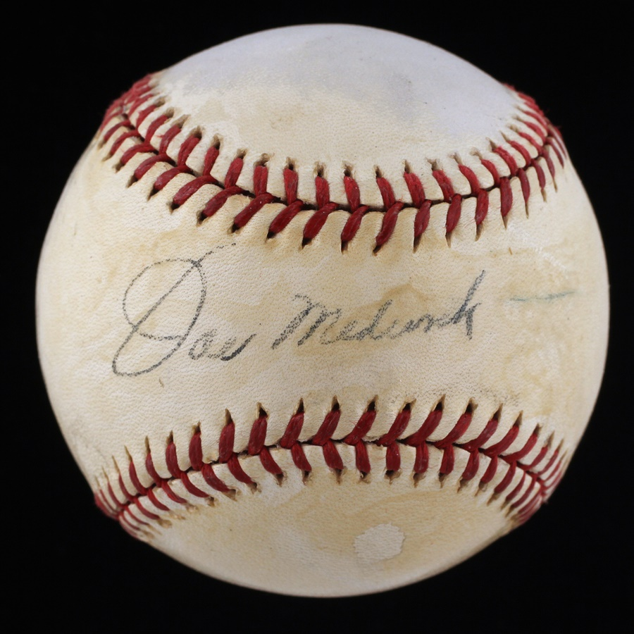 Baseball Autographs - December 2011 Catalog
