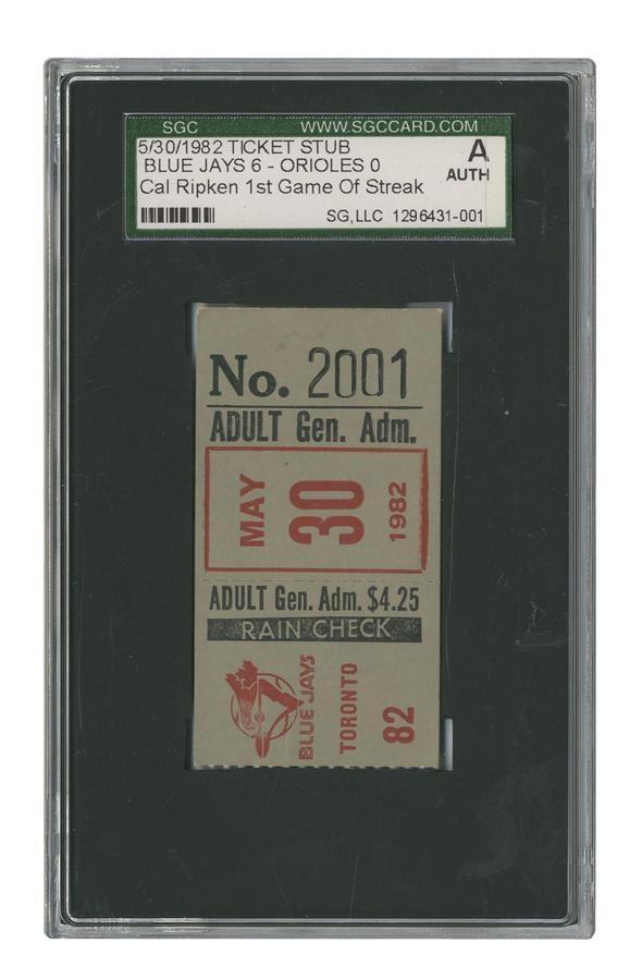 Baseball Memorabilia - Fall 2013 Catalog Auction