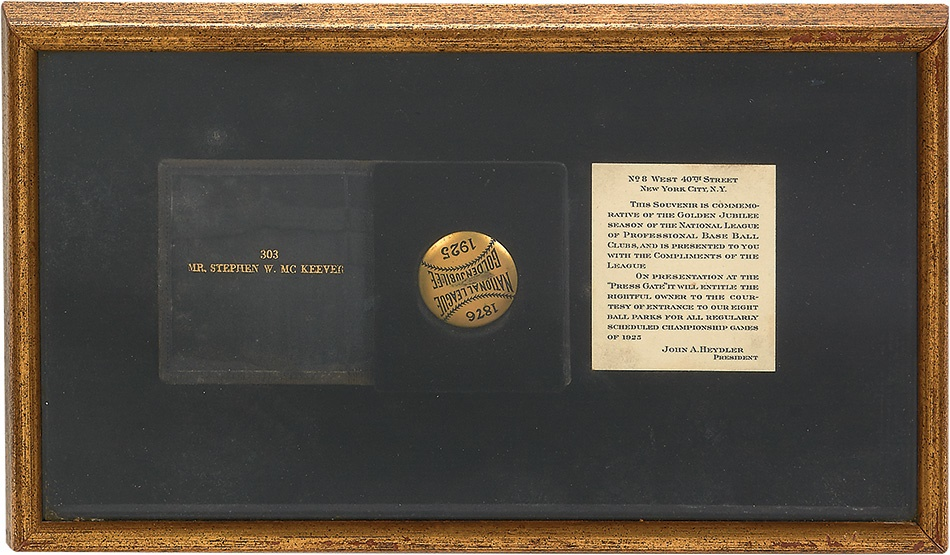 Baseball Memorabilia - Summer 2015 Catalog Auction