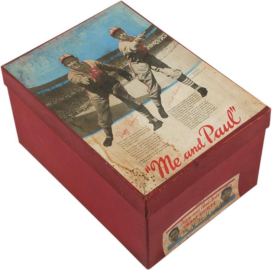 St. Louis Cardinals - Winter 2015 Catalog Auction
