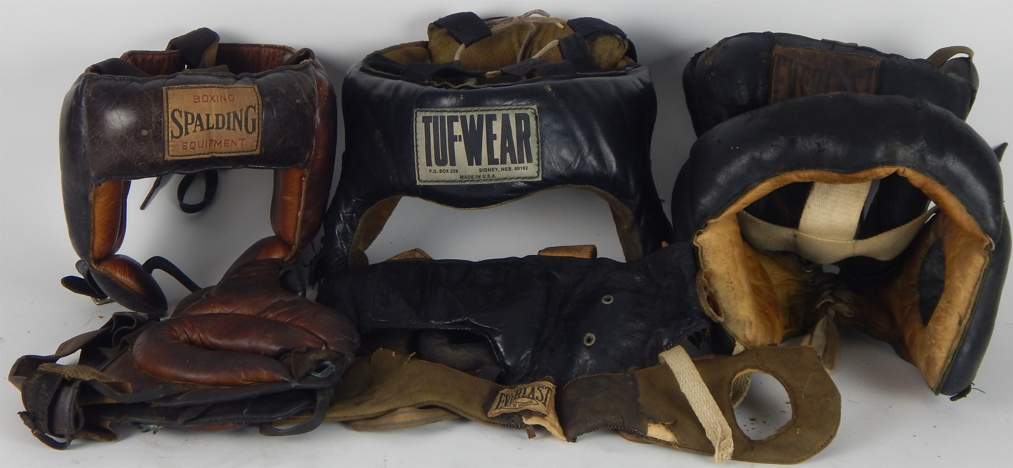 Memorabilia Boxing - Monthly 10-18